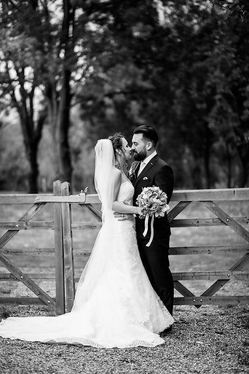 The Tudor Barn Belstead Wedding captured by Grace Pham Photography 02