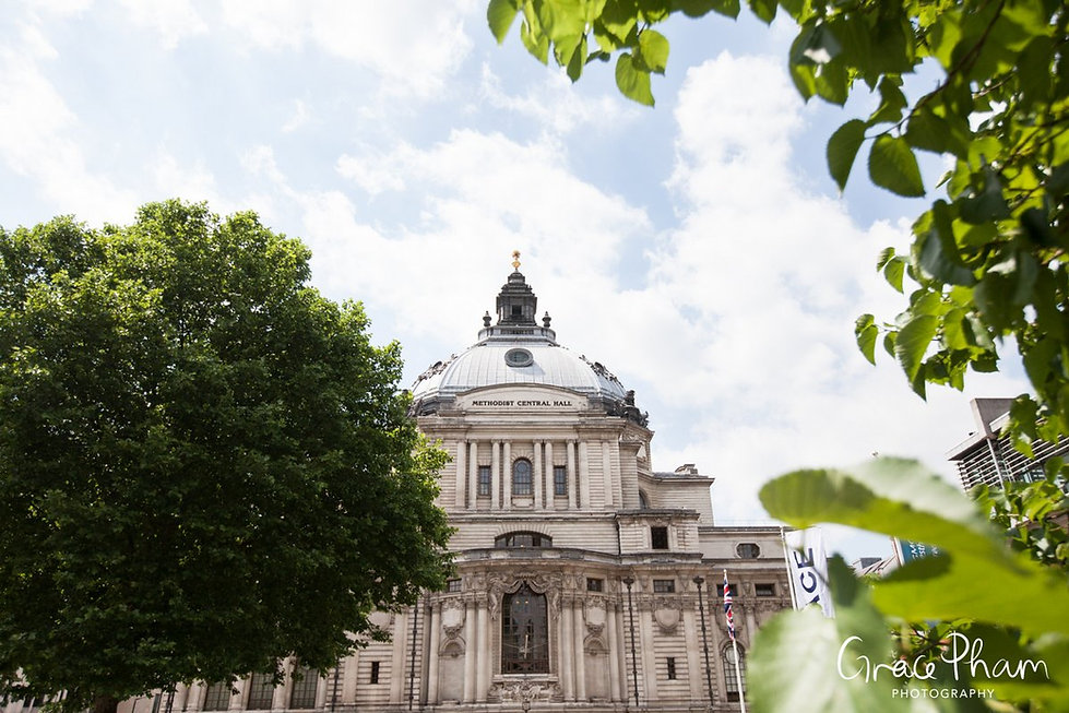 Methodist Central Hall, Westminster Wedding captured by London Photographer 01
