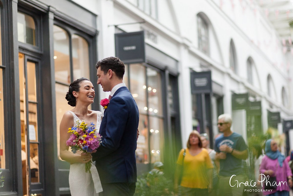 Covent Garden Market Wedding Photography, London by Grace Pham 04
