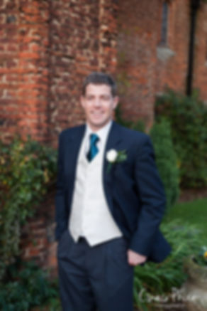 Leez Priory, Chelmsford - Essex Wedding Photographer 09