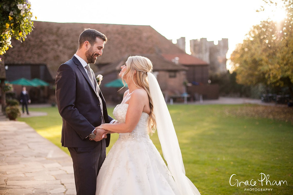 Cooling Castle Barn Wedding, by Kent Wedding Photographer 08