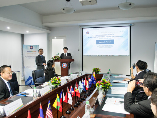 SEAMEC PRESIDENT HITS START BUTTON TO LAUNCH REGIONAL PORTAL ON LLL