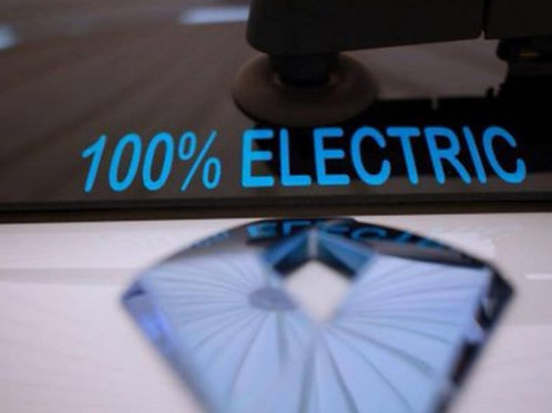 100% Electric Sticker