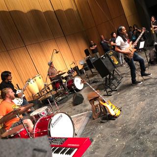 Jazz students jam with legendary bassist Doug Wimbish