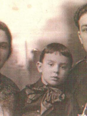 Чертник Рахель, сын Нахум и Борис.jpg
