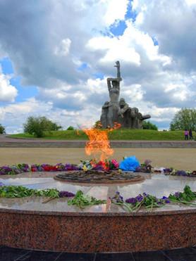 Мемориал в Змиёвской балке