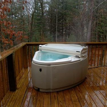 Two person hot tub.jpg