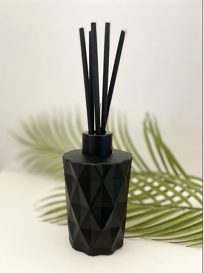Luxury Geo Reed Diffuser - Matt Black