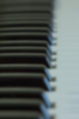 piano-horizontal L.png