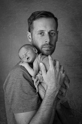 newborn baby photo with dad