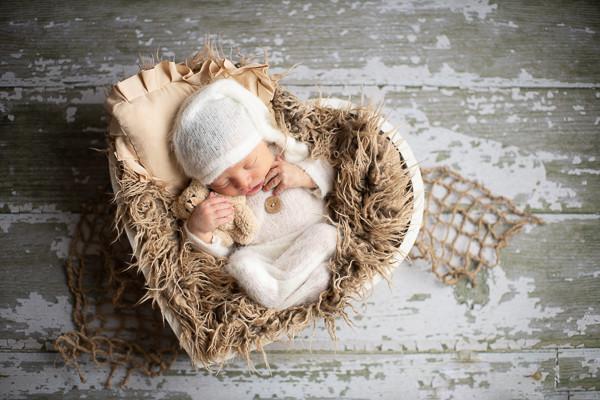newborn baby photo