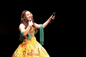 LAMusArt student Tiffany Cruz performed a solo act to celebrate Mexican music.