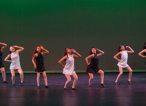 Dancers Grace the Glendale Stage