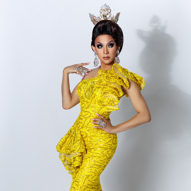 pattaya yellow gown.jpg