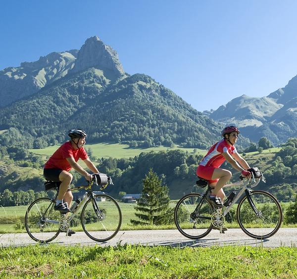 lescapade cyclotourisme Bauges