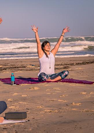 Yoga-plage-beach-1.JPG
