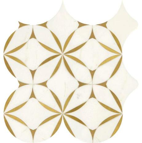 Lavaliere Blossom_Thassos White