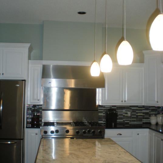 Sunrise Circle Kitchen