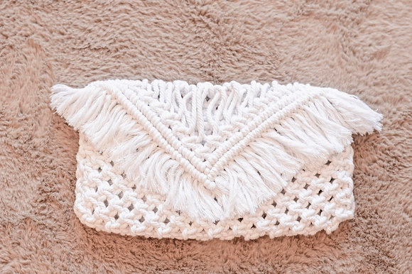CLUTCH | Hand-crocheted Clutch in White