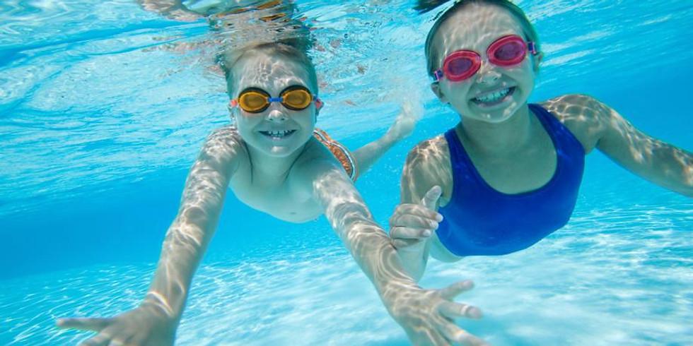 Escuela de natación infantil y juvenil desde los 3 a los 15 años