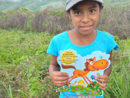 1000 libros de cuentos infantiles y caligrafía fueron entregados en Cañazas y Ñürüm