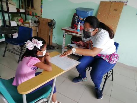 Aplicación de pruebas Lectura y Matemáticas a 196 estudiantes del programa Una Computadora por Niño