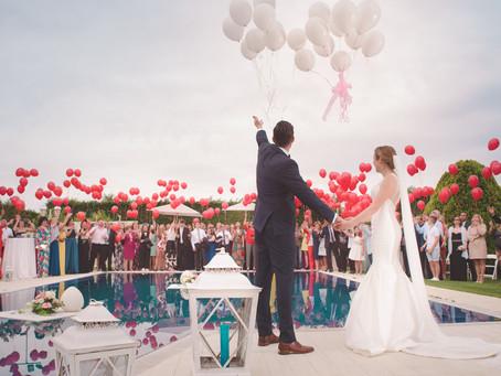COVID-19 : POURQUOI REPORTER VOTRE MARIAGE PLUTÔT QUE DE L'ANNULER