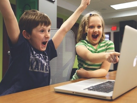 This Summer Online and Offline Games Can Offer Benefits for Children