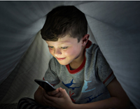 Setting Online Boundaries for Kids and Teens