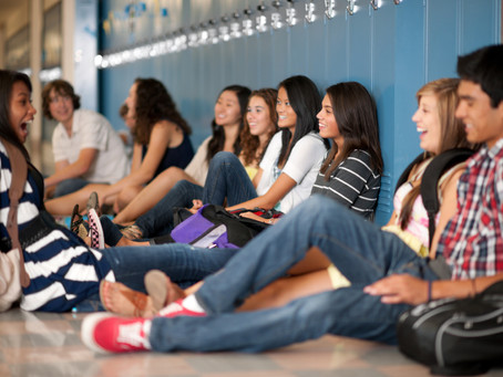Social Media and High Schoolers: Will They Ever Learn?