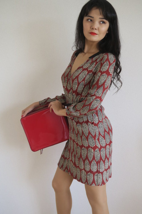 flattering gorgeous V nick dress