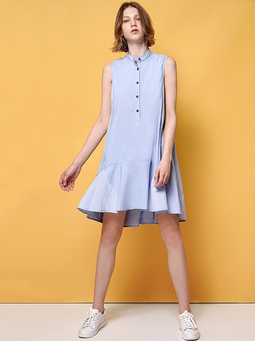 Buttoned shirt dress