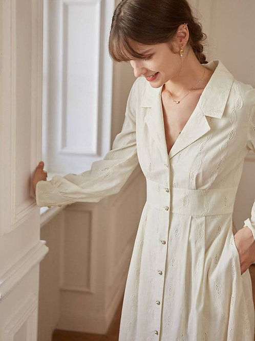Vintage style offwhite buttoned dress