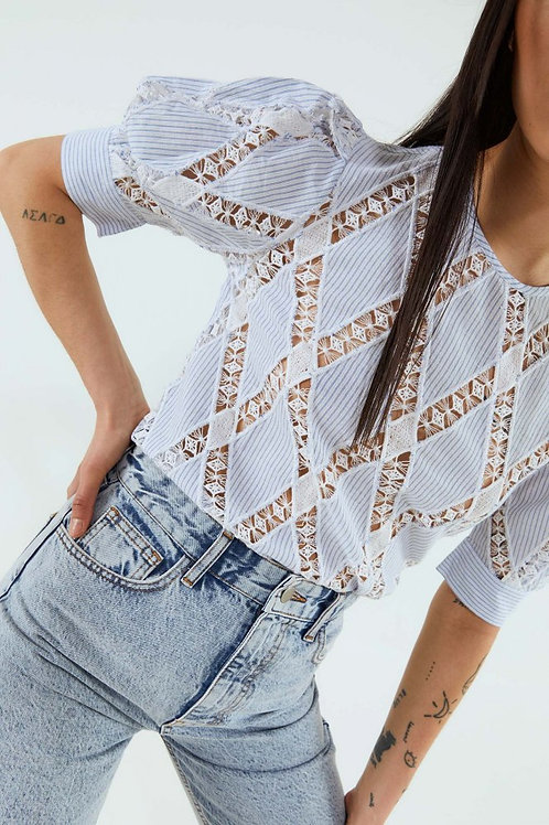 Crossed lace top