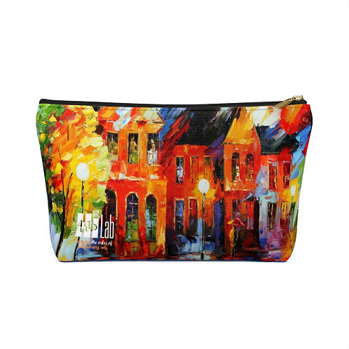 Abstract Accessory Pouch w T-bottom