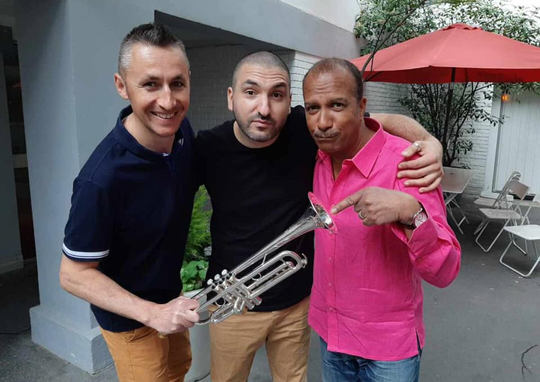 2 Ohms Load rencontre entre Jérome le trompettiste et Ibrahim Maalouf et Pascal Legitimus des Inconnus la classe