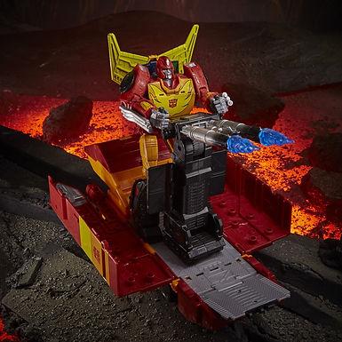 Transformers Generations War for Cybertron: Kingdom Commander Rodimus Prime