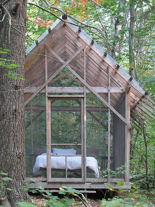 Small Screened Hut