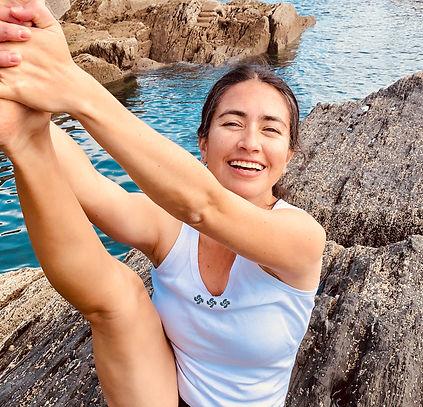 Fabi-heron-yoga-pose-Pol-Grom.jpg
