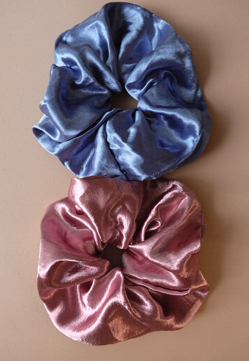PHIL OF THE FUTURE OVERSIZED SCRUNCHIES