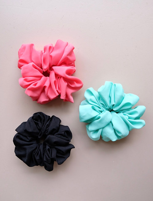 SOLID OVERSIZED SCRUNCHIES
