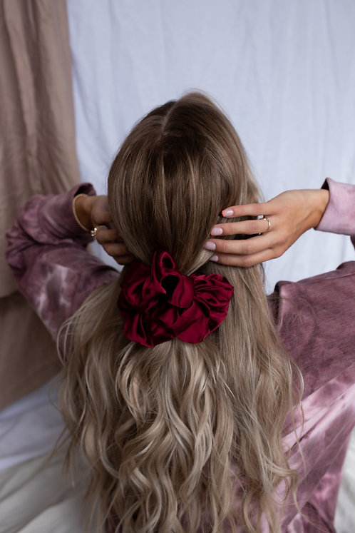 GINELLE OVER SIZE SCRUNCHIE