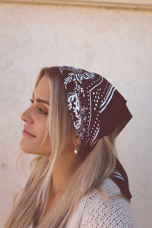 HANDWRITTEN NOTES BANDANA