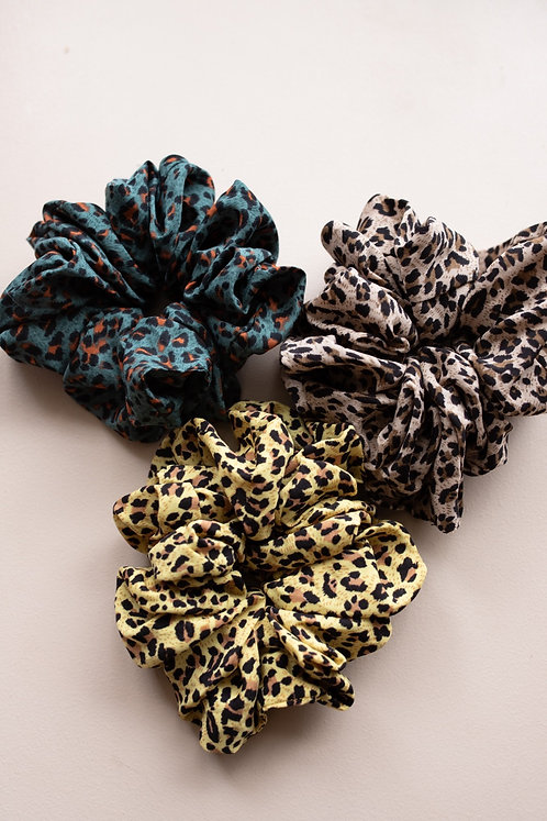 GIRLS NIGHTS OVERSIZED SCRUNCHIES (3 COLORS)
