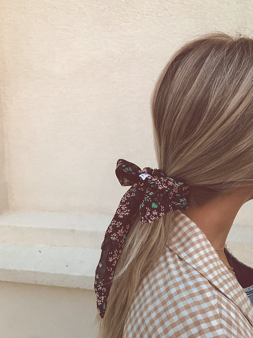 THE ONE SCRUNCHIE BOW