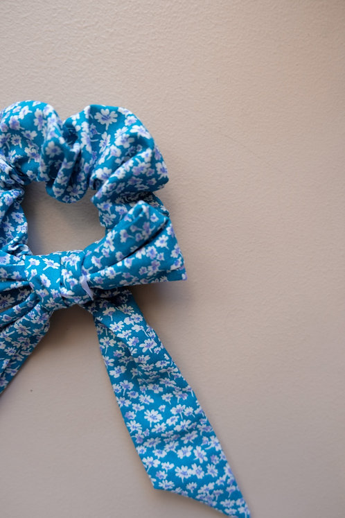 IF YOU WERE A FLOWER, I'D PICK YOU SCRUNCHIE
