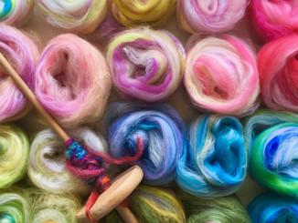 糸紡ぎ体験ワークショップ@飯塚「おうちスタイル」