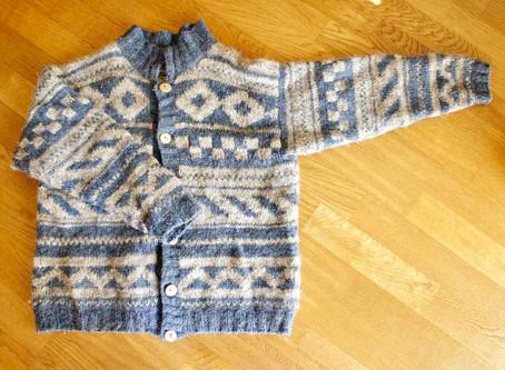 編み込みセーター