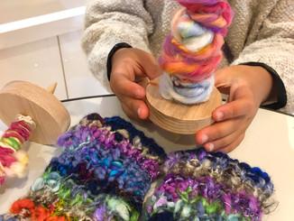 糸紡ぎ体験ワークショップ