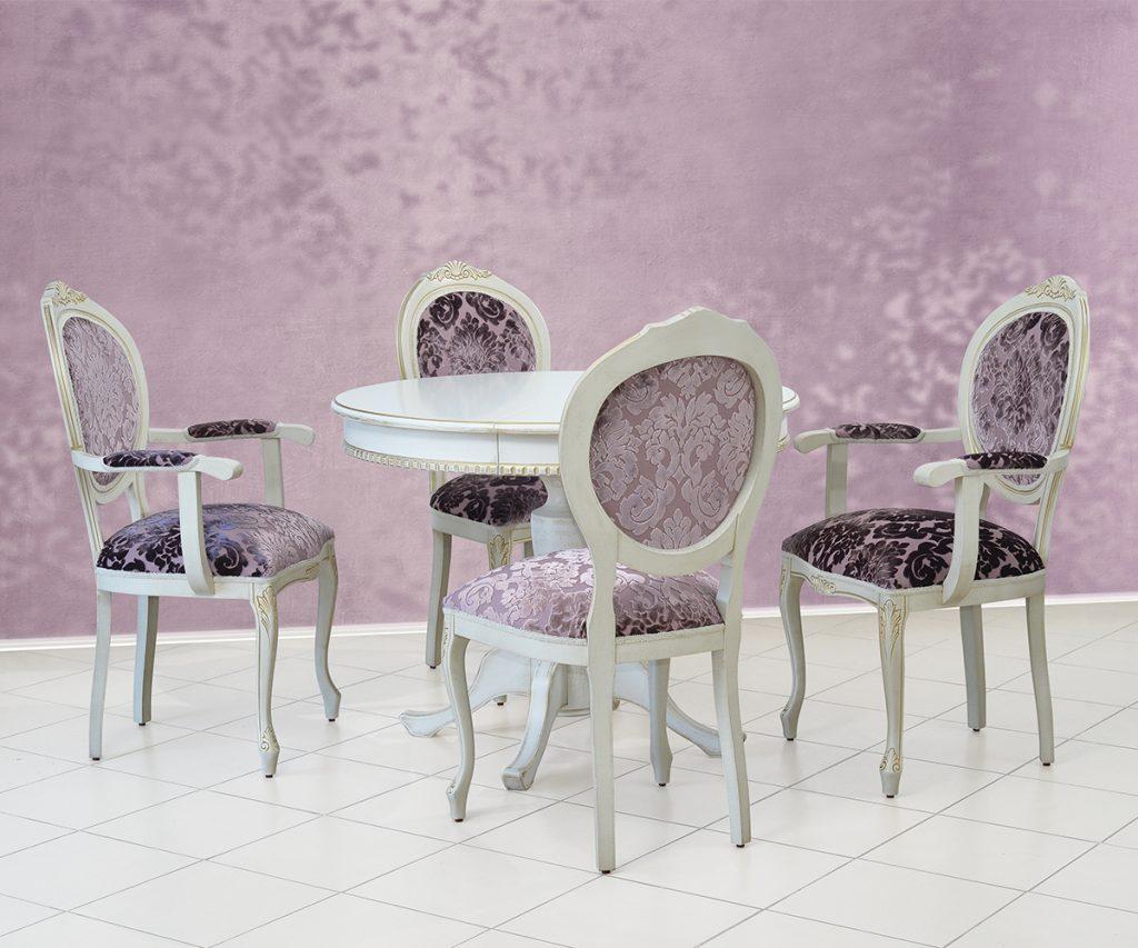Stolica Kruna i sto Orhideja